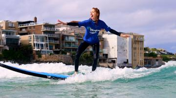 linda on surf board0